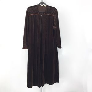 Delicates Velvet Velour Quilted Zip Robe